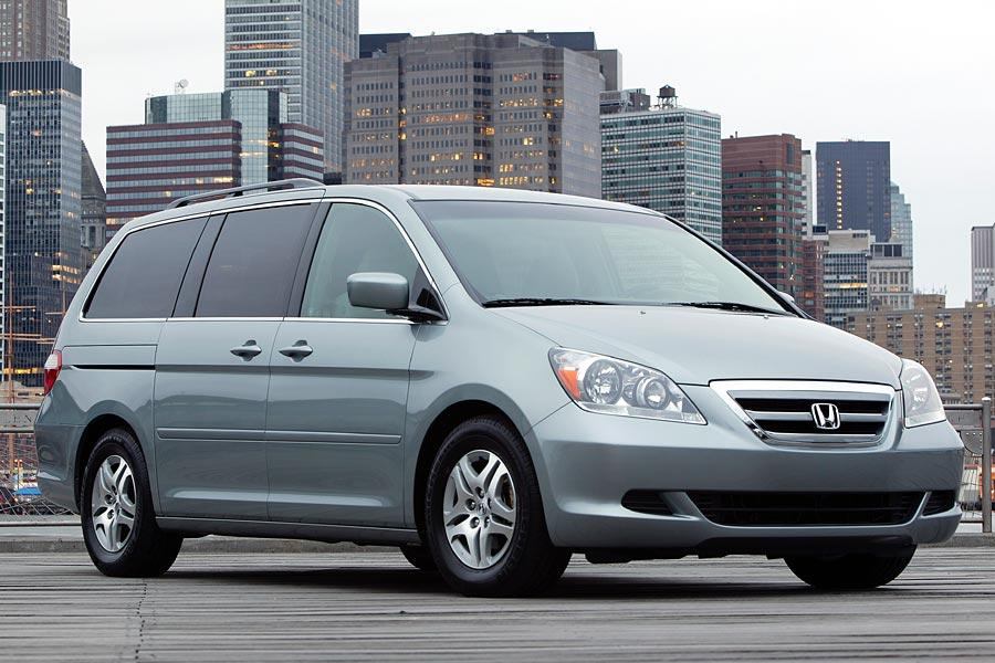 Car Seat Recall >> 2005 Honda Odyssey Reviews, Specs and Prices | Cars.com