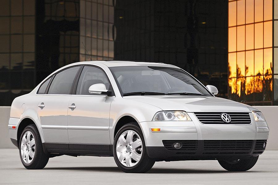 Car Repair Estimate >> 2005 Volkswagen Passat Specs, Pictures, Trims, Colors || Cars.com