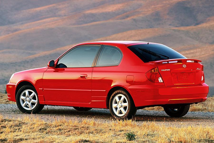2005 Hyundai Accent Reviews Specs And Prices Cars Com