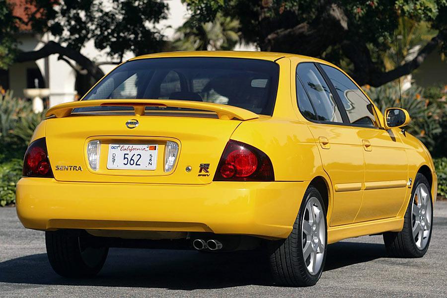 2005 Nissan Sentra Specs, Pictures, Trims, Colors || Cars.com