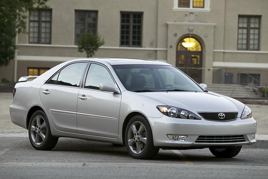 2005 Toyota Camry Reviews Specs And Prices Cars Com