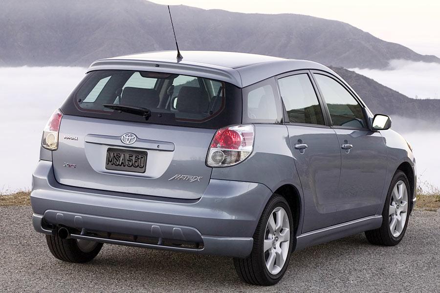 2005 Toyota Matrix Reviews Specs And Prices Cars Com