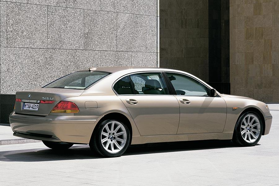 bmw 745 reviews specs and prices. Black Bedroom Furniture Sets. Home Design Ideas