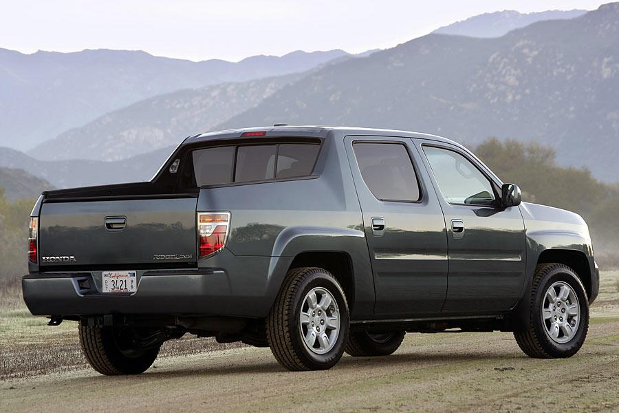 2006 Honda Ridgeline Reviews Specs And Prices Cars Com
