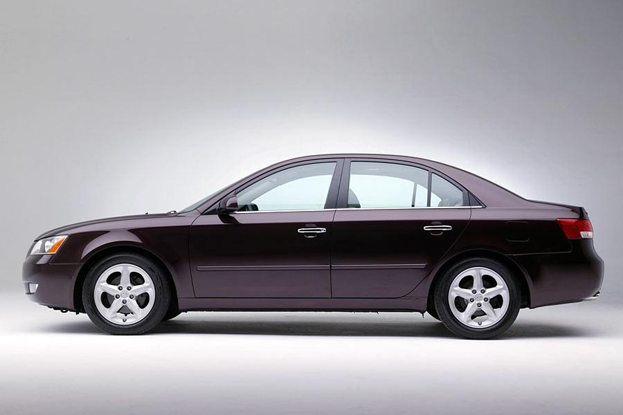 2006 hyundai sonata reviews specs and prices. Black Bedroom Furniture Sets. Home Design Ideas