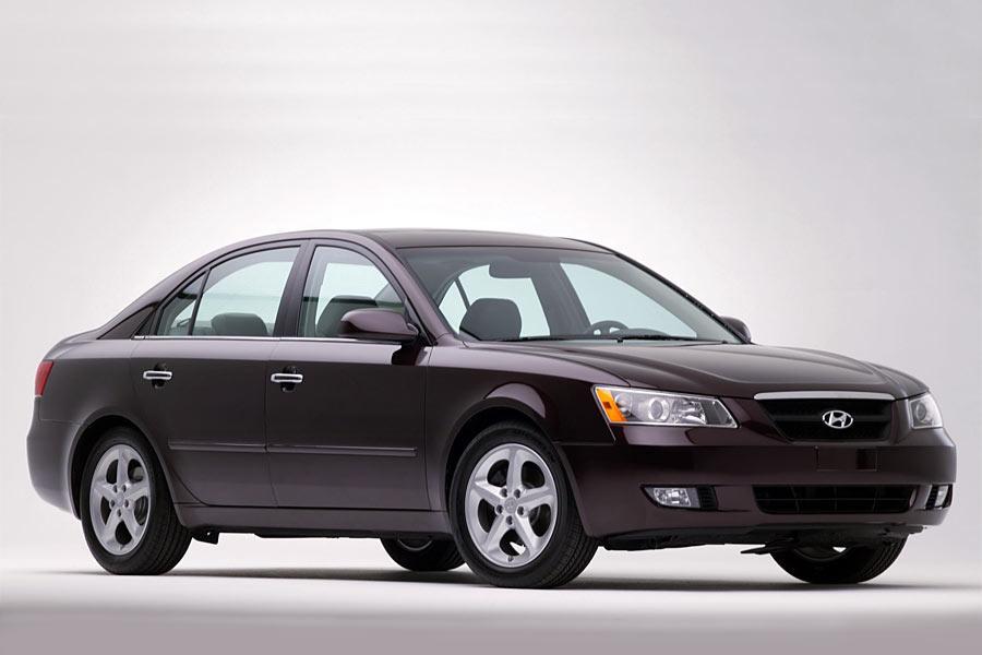2006 hyundai sonata reviews specs and prices for Hyundai sonata 2006 interior