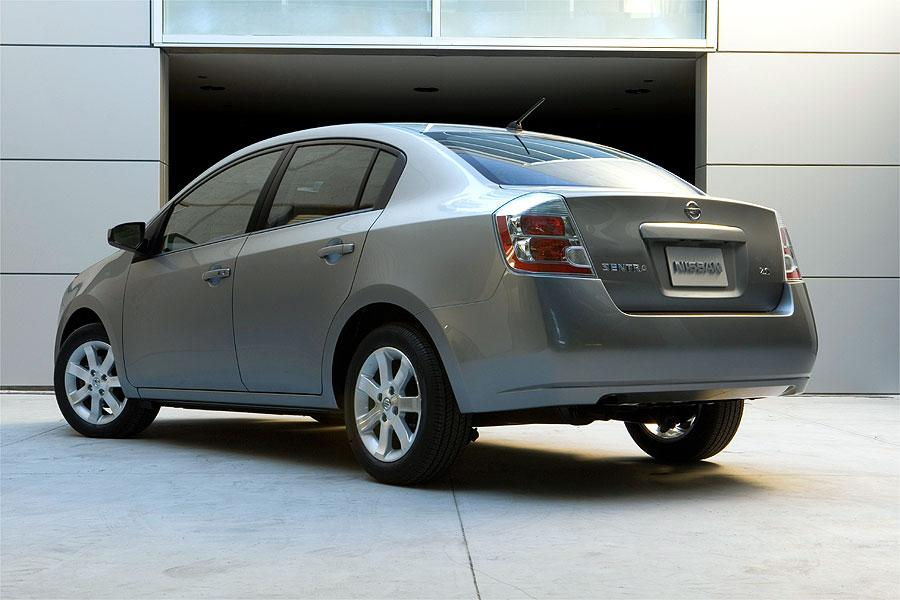2007 Nissan Sentra Reviews Specs And Prices Cars Com