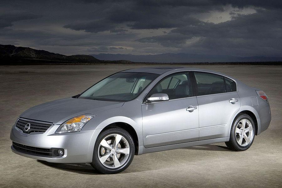 2007 nissan altima specs pictures trims colors. Black Bedroom Furniture Sets. Home Design Ideas