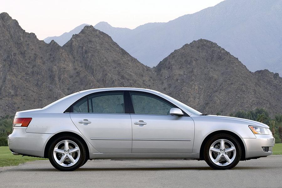 2007 hyundai sonata specs pictures trims colors. Black Bedroom Furniture Sets. Home Design Ideas