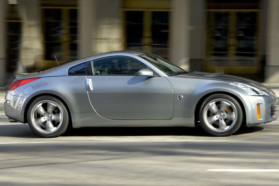 2006 nissan 350z reviews specs and prices. Black Bedroom Furniture Sets. Home Design Ideas
