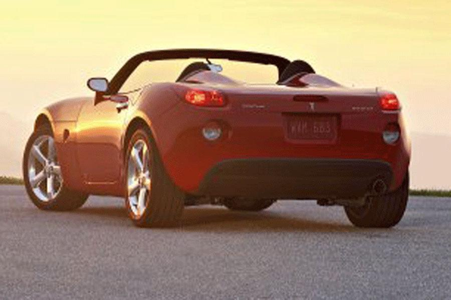 2006 pontiac solstice reviews specs and prices. Black Bedroom Furniture Sets. Home Design Ideas