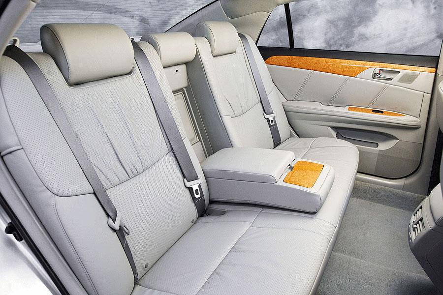2006 toyota avalon reviews specs and prices. Black Bedroom Furniture Sets. Home Design Ideas