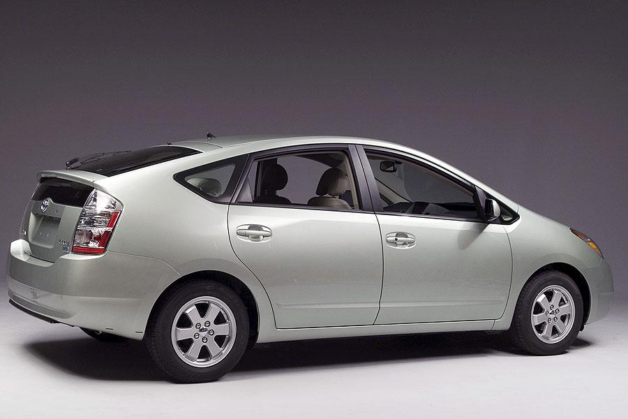 2007 toyota prius reviews specs and prices. Black Bedroom Furniture Sets. Home Design Ideas