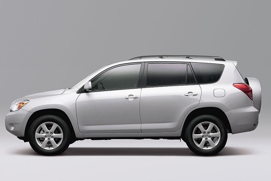 2007 Toyota Rav4 Reviews Specs And Prices Cars Com