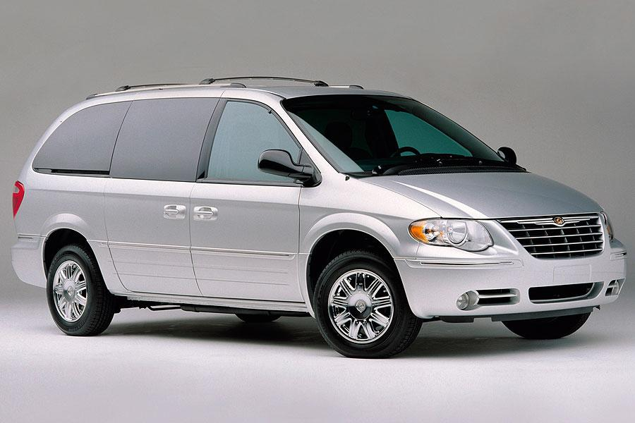 2007 chrysler town country specs pictures trims colors cars. Cars Review. Best American Auto & Cars Review
