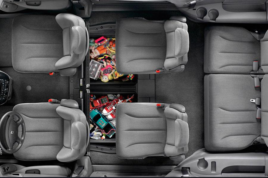 2007 Chrysler Town  U0026 Country Reviews  Specs And Prices