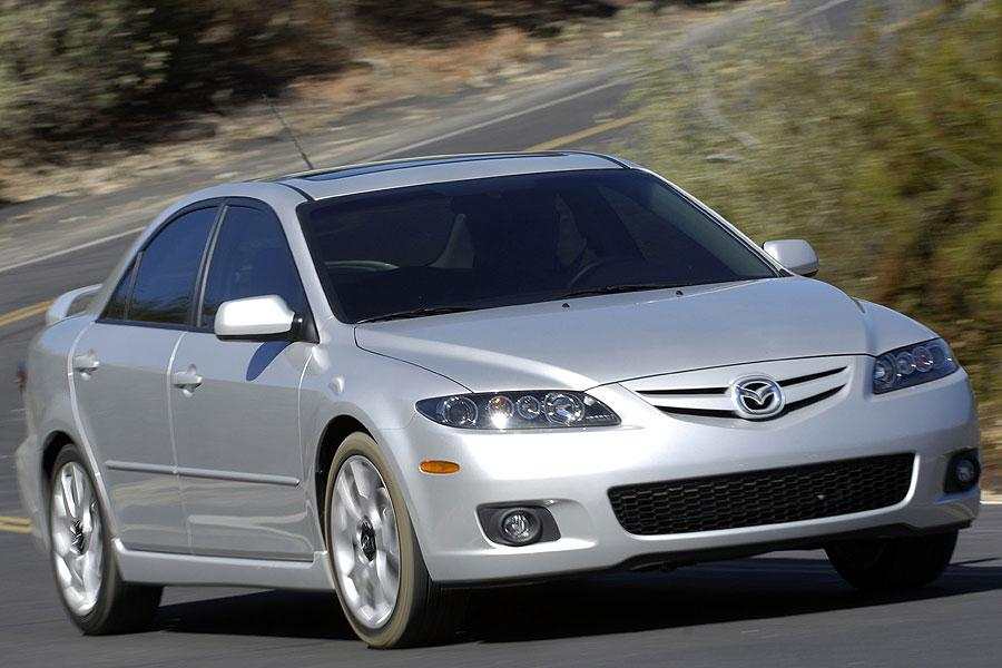 Mazda Mazda6 2007 furthermore Toyota Recalls 150000 Suvs In Canada On Seatbelt Concerns besides 248525 Yamaha Dt 80 9412753 as well Toyota Corolla 2007 further Article 243f53cc 4bfe 11e0 9888 001cc4c03286. on toyota camry recalls