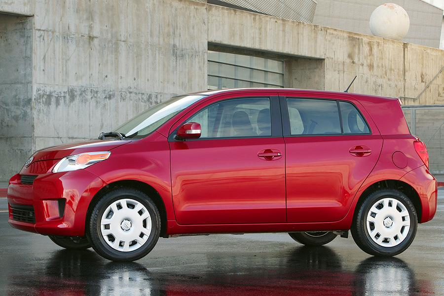 2008 scion xd reviews specs and prices. Black Bedroom Furniture Sets. Home Design Ideas