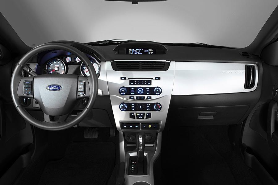 2008 ford focus reviews specs and prices. Black Bedroom Furniture Sets. Home Design Ideas