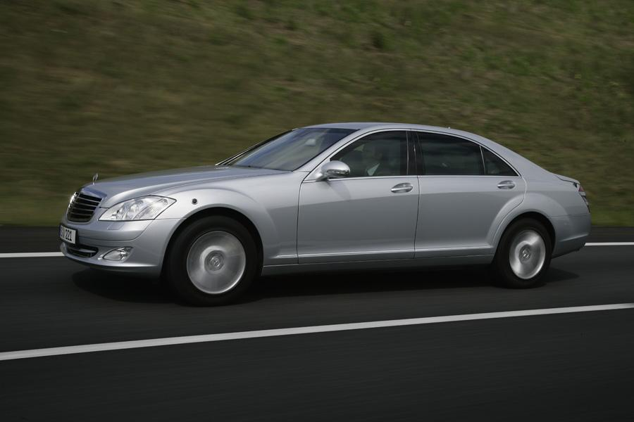 2008 mercedes benz s class reviews specs and prices for Mercedes benz c class 2008 price