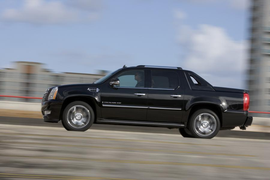 2008 cadillac escalade ext reviews specs and prices. Black Bedroom Furniture Sets. Home Design Ideas