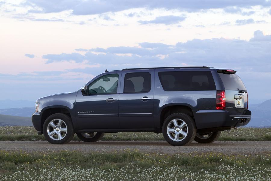 2008 chevrolet suburban reviews specs and prices. Black Bedroom Furniture Sets. Home Design Ideas