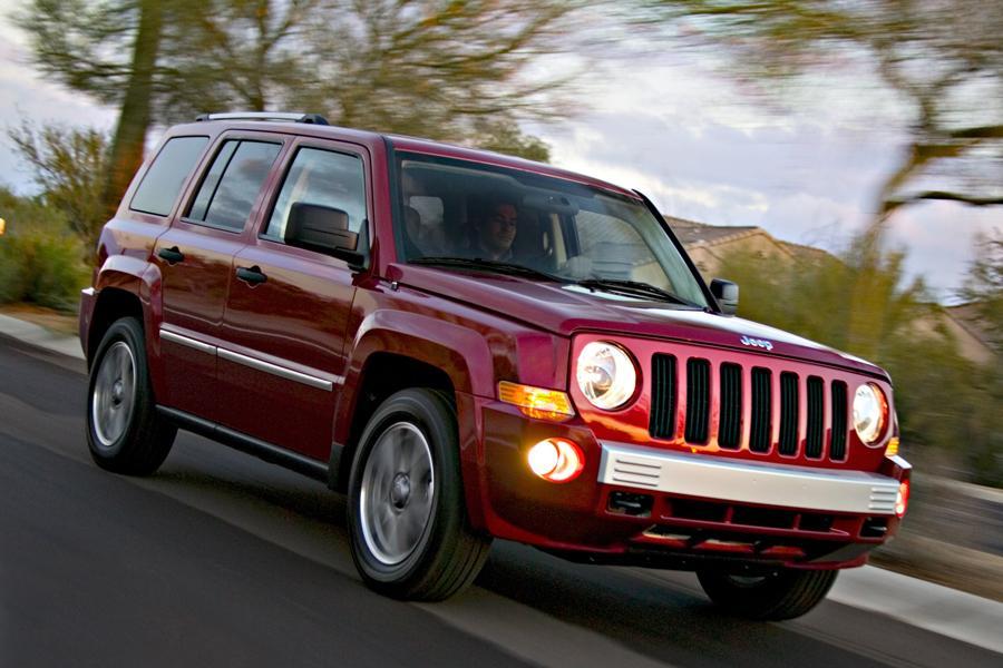 2008 jeep patriot specs pictures trims colors. Black Bedroom Furniture Sets. Home Design Ideas
