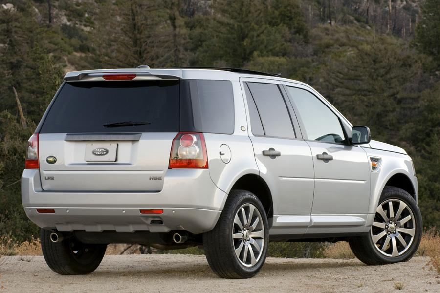 2008 land rover lr2 reviews specs and prices. Black Bedroom Furniture Sets. Home Design Ideas