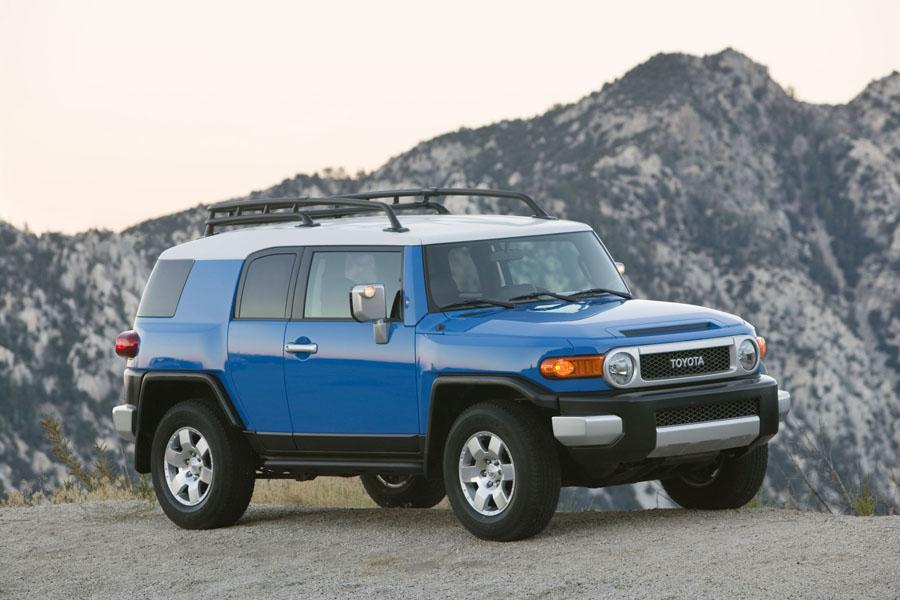 2008 toyota fj cruiser reviews specs and prices. Black Bedroom Furniture Sets. Home Design Ideas