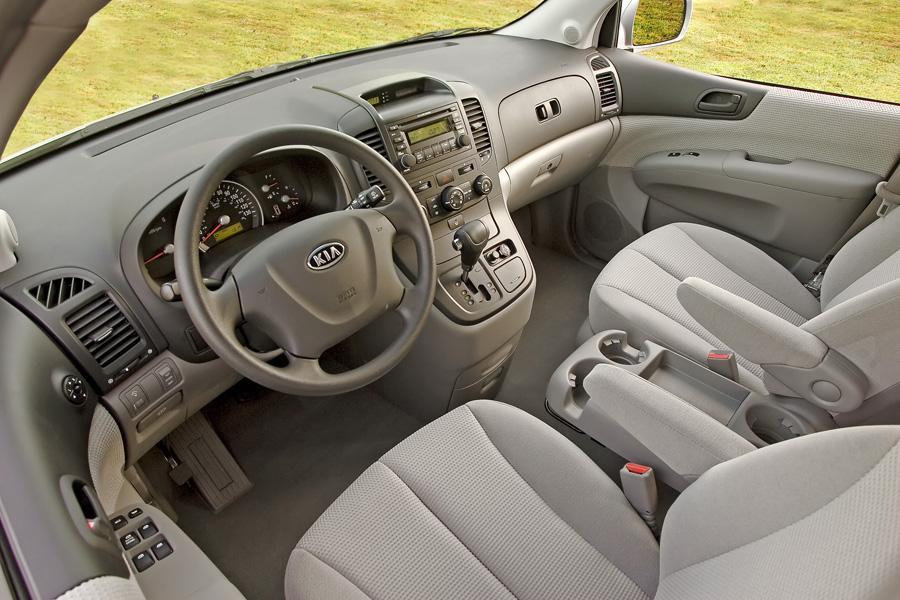 2008 Kia Sedona Reviews Specs And Prices Cars Com