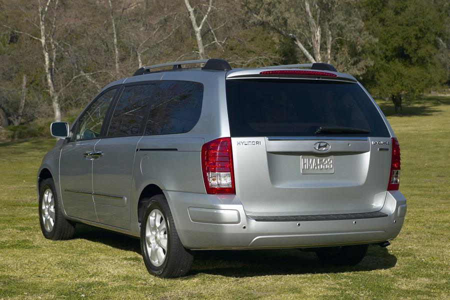 Best Used Minivan >> 2008 Hyundai Entourage Specs, Pictures, Trims, Colors || Cars.com