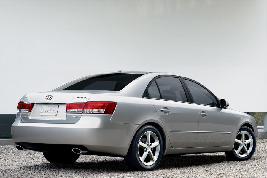 2008 Hyundai Sonata Specs, Pictures, Trims, Colors || Cars.com