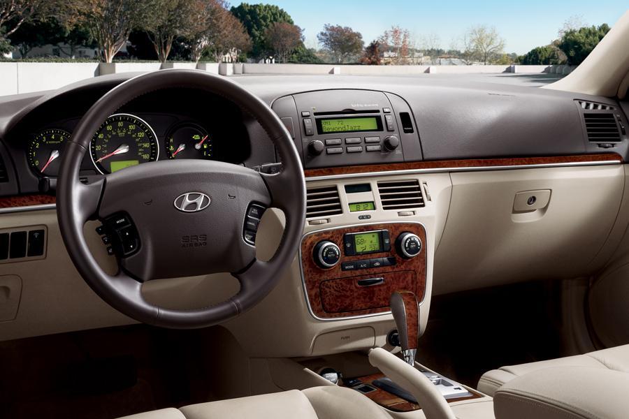 100280559 2005 Hyundai Elantra 5dr Sedan Gt Auto Instrument Cluster additionally Mitsubishi Lancer Ex Gls 2009 together with Dashboard 60154014 also Hyundai Sonata 2008 furthermore Exterior 76885198. on 2002 hyundai sonata gls