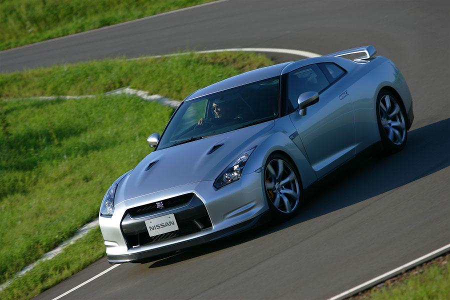 1000  ideas about Nissan Gtr 2009 on Pinterest | Nissan gtr r35 ...