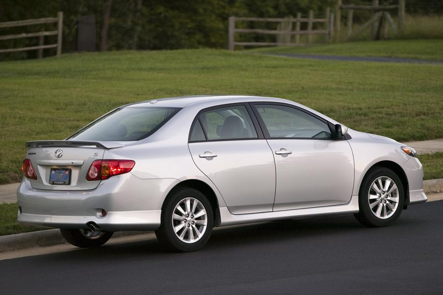 2009 Toyota Corolla Reviews Specs And Prices Cars Com