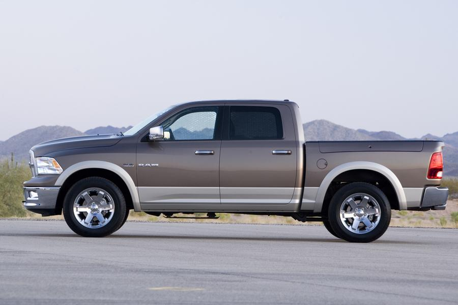 2009 dodge ram 1500 reviews specs and prices. Black Bedroom Furniture Sets. Home Design Ideas