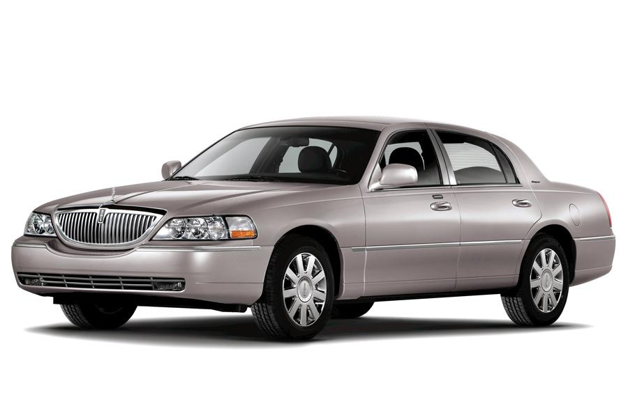 2008 lincoln town car specs pictures trims colors. Black Bedroom Furniture Sets. Home Design Ideas