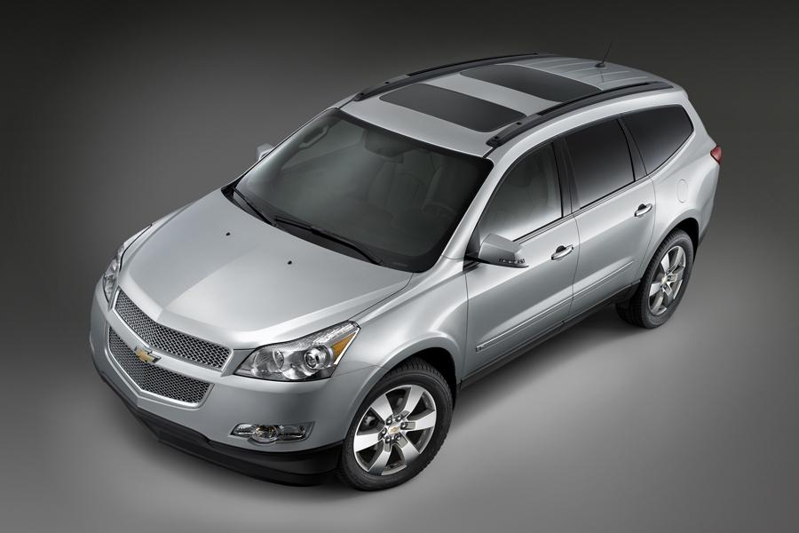 2009 Chevrolet Traverse Reviews Specs And Prices Cars Com