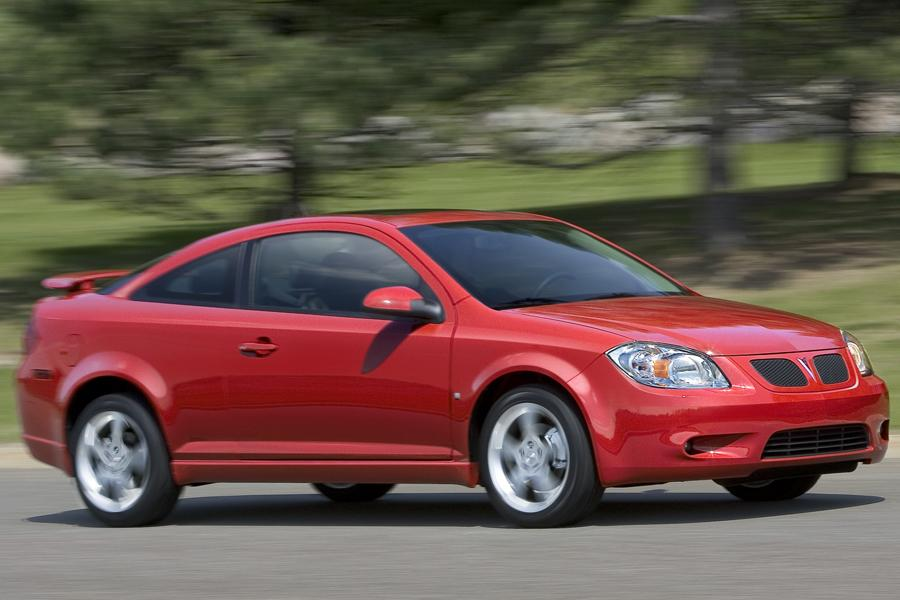2009 Pontiac G5 Reviews Specs And Prices Cars Com