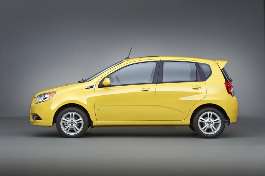 2009 chevrolet aveo reviews specs and prices. Black Bedroom Furniture Sets. Home Design Ideas