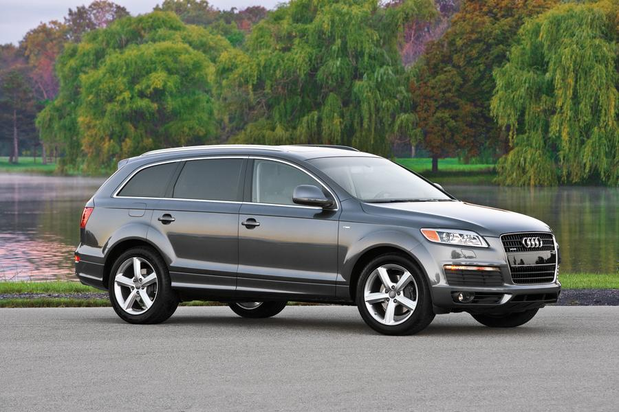 2009 audi q7 reviews specs and prices. Black Bedroom Furniture Sets. Home Design Ideas