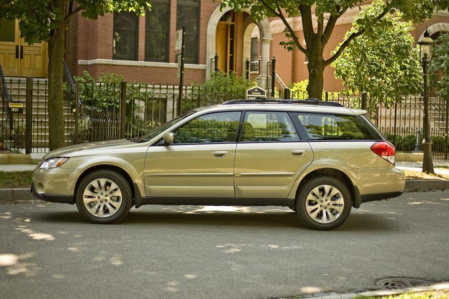 2009 Subaru Outback Reviews Specs And Prices Cars Com