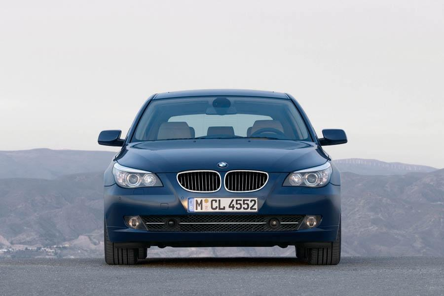 2009 bmw 528 reviews specs and prices. Black Bedroom Furniture Sets. Home Design Ideas