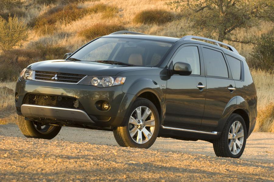 2009 mitsubishi outlander reviews specs and prices. Black Bedroom Furniture Sets. Home Design Ideas