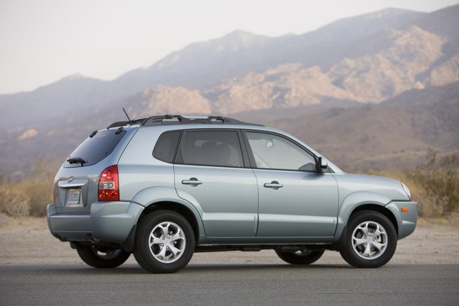 2009 Hyundai Tucson Reviews Specs And Prices Cars Com