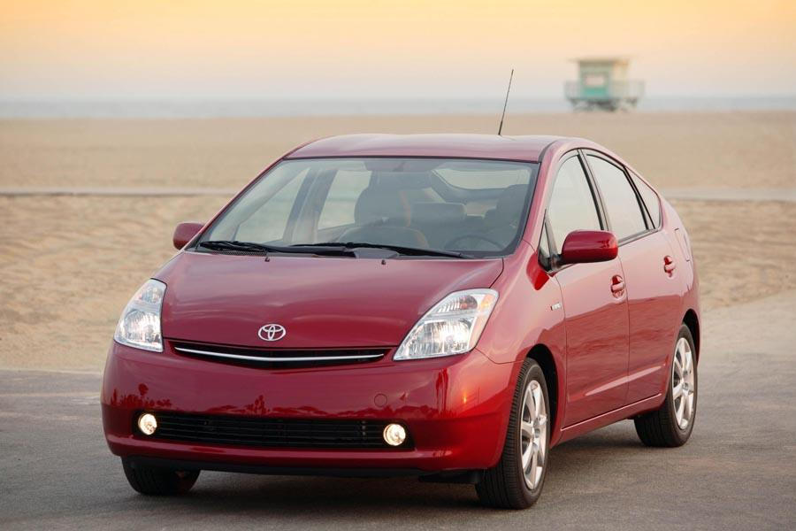 2009 toyota prius reviews specs and prices. Black Bedroom Furniture Sets. Home Design Ideas