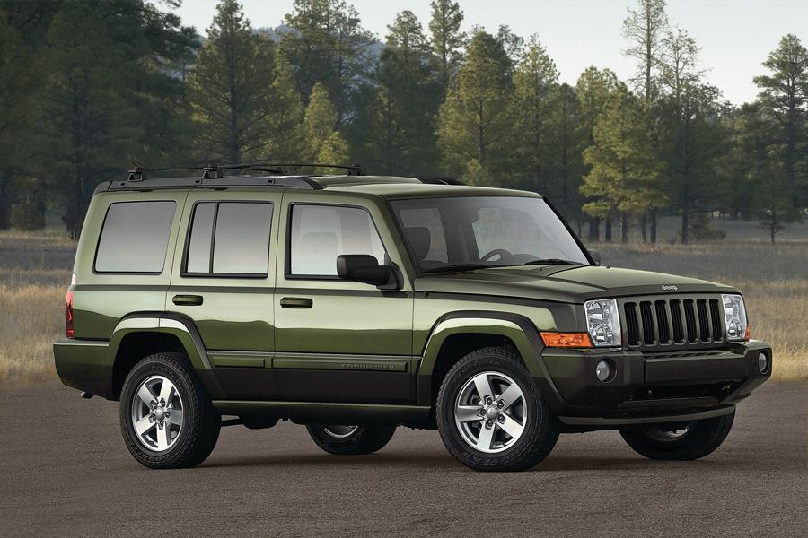 2009 Jeep Commander Reviews Specs And Prices Cars Com