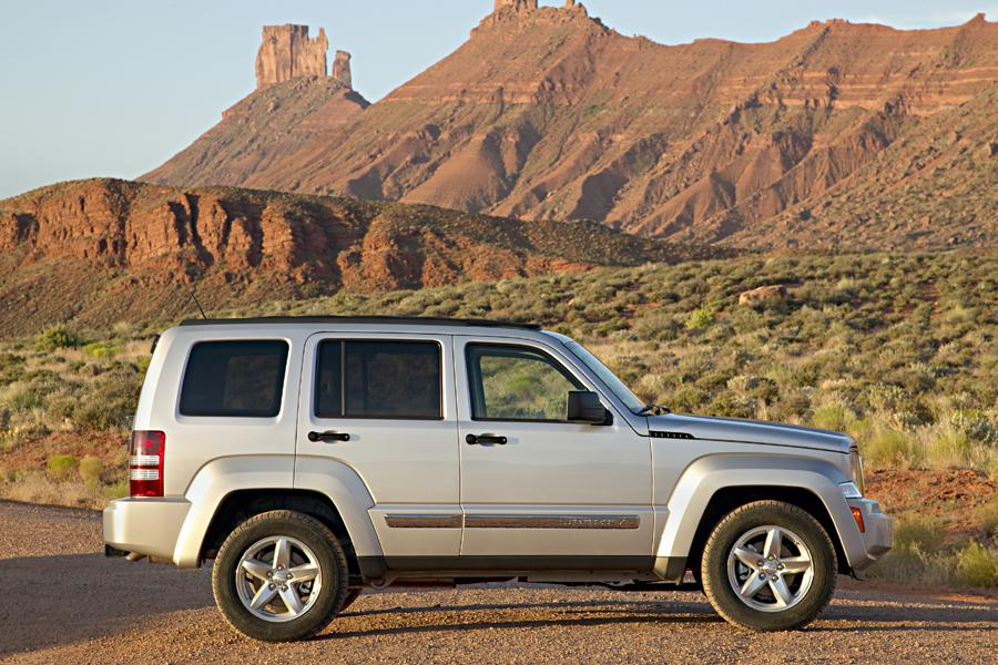 2009 Jeep Liberty Reviews Specs And Prices Cars Com