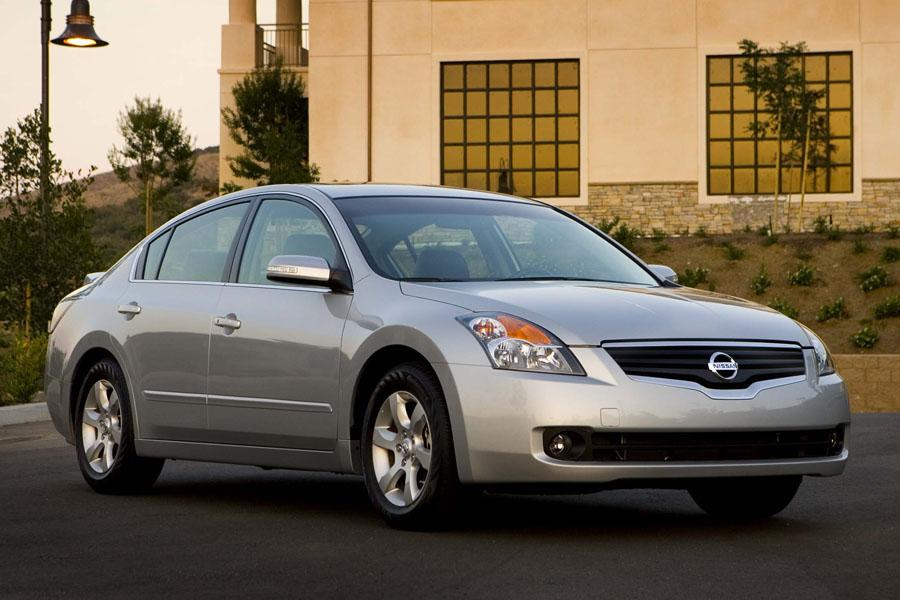 2009 Nissan Altima Specs Pictures Trims Colors Cars Com