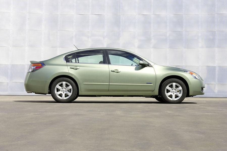 2009 nissan altima hybrid reviews specs and prices. Black Bedroom Furniture Sets. Home Design Ideas